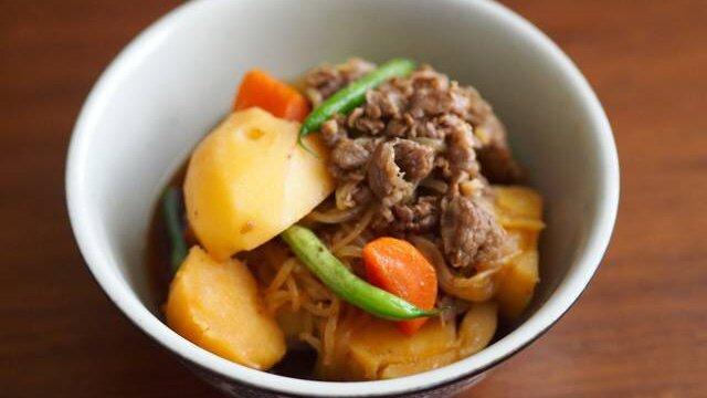 Никудзяга - тушеный картофель с мясом