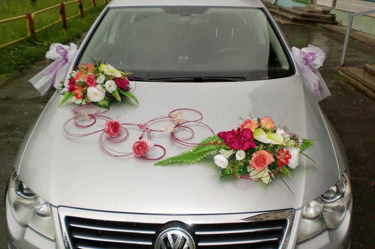 Свадебный букет с лентами на капот.как прикрепить