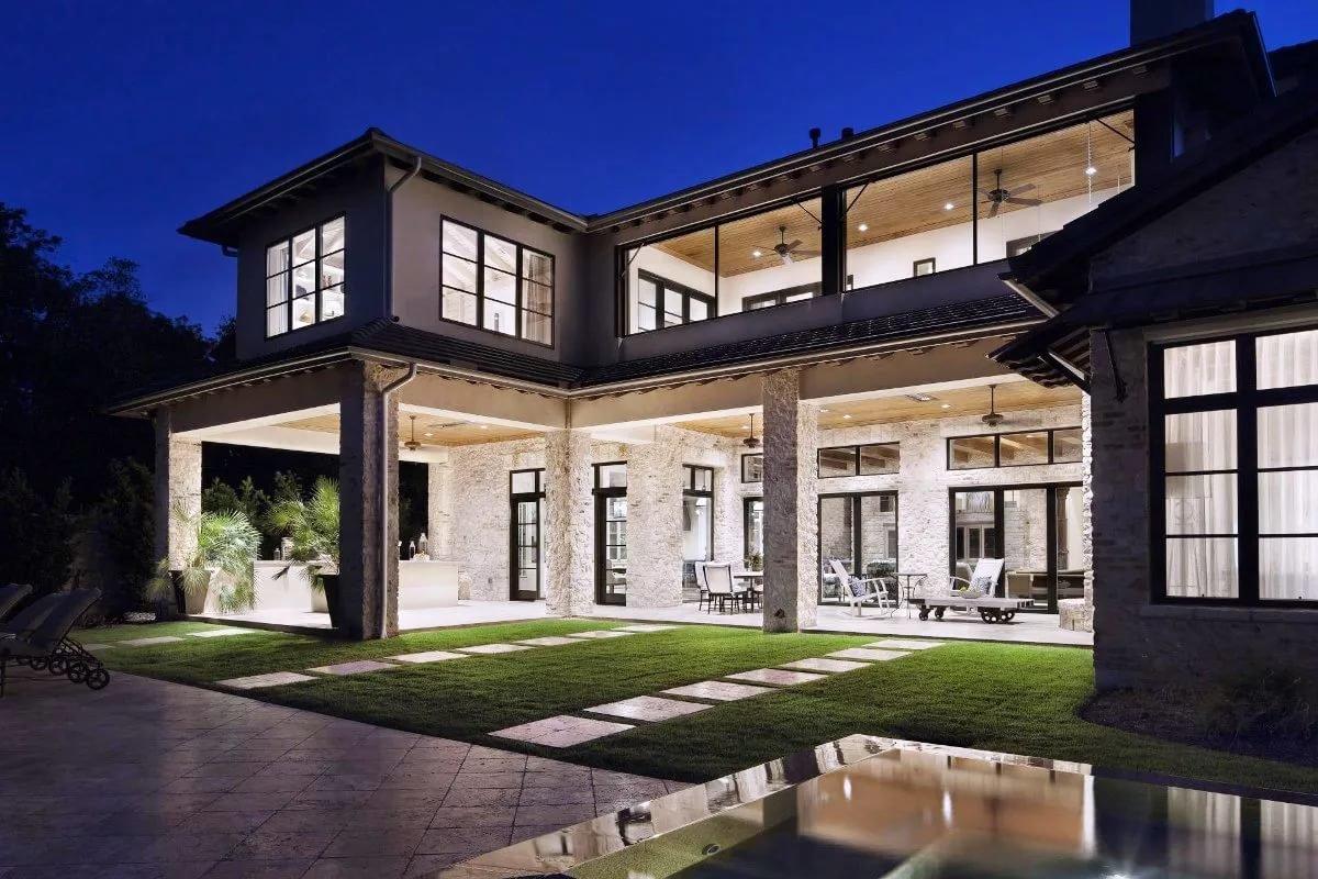 Modern Homes Exterior Also Best Ideas About House Exteriors