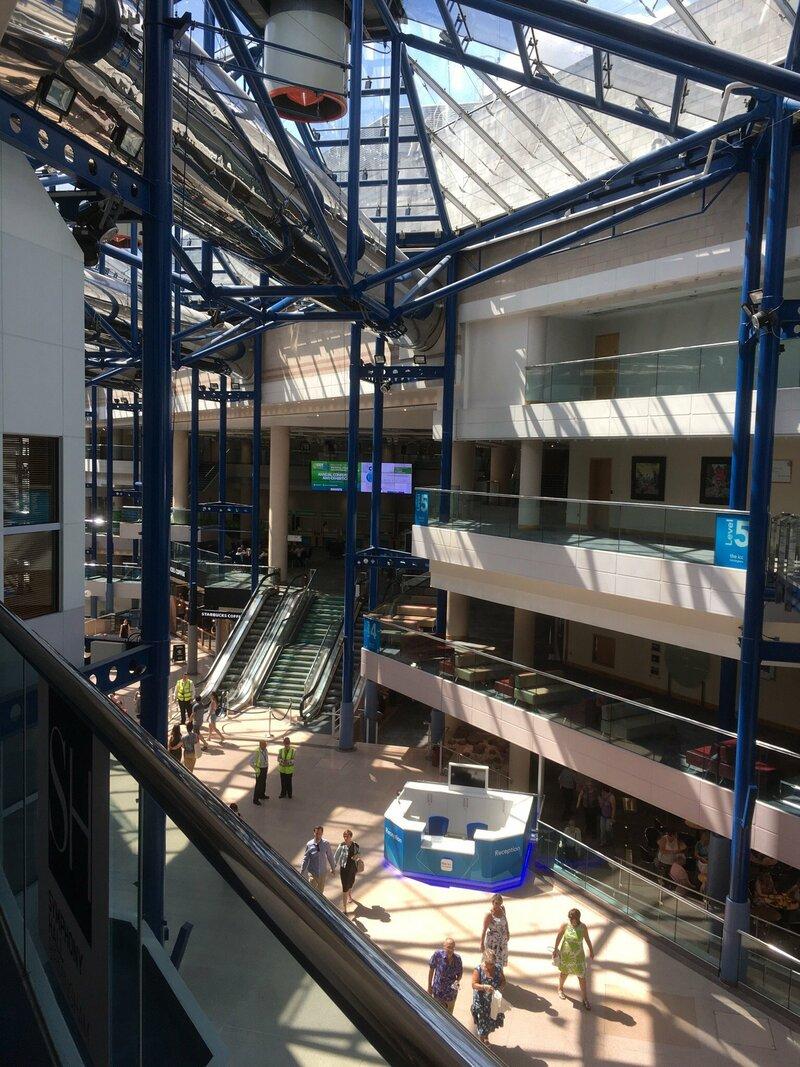 Торговый центр ICC Mall, Бирмингем, интерьер