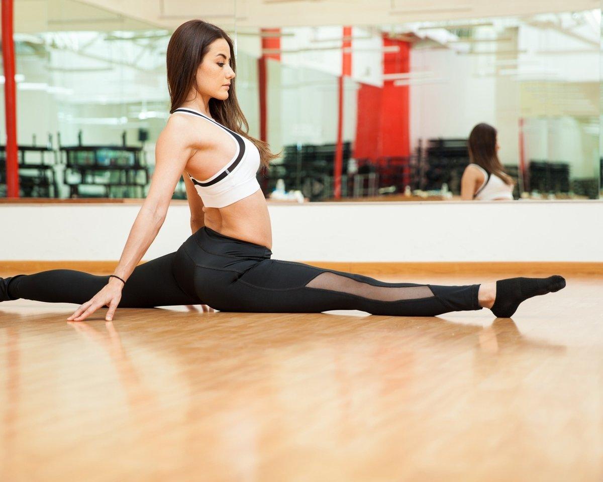 Порно девушки на йоге