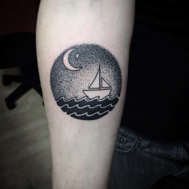 Лодка в море в стиле дотворк