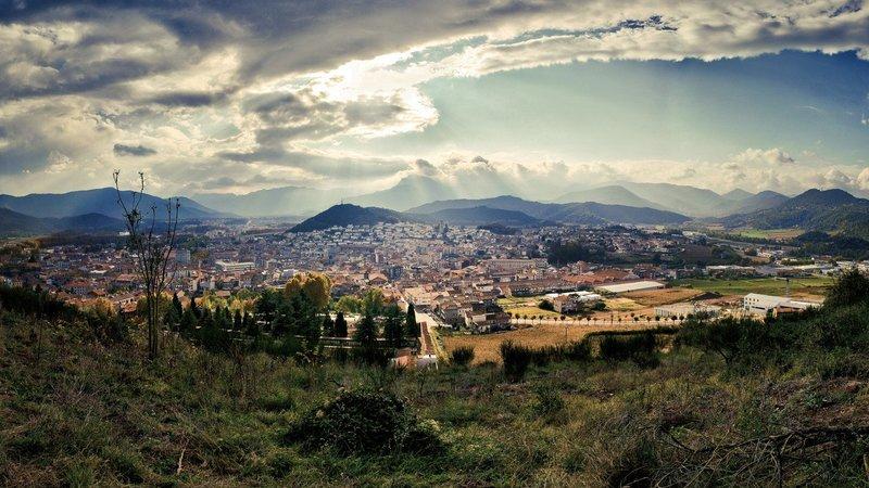 Испания, размер: 1366x768 пикселей