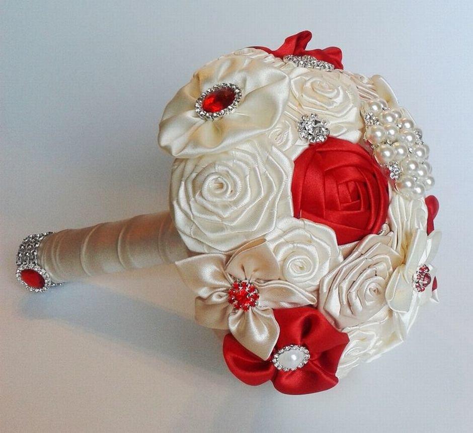 Невесты каскадный, сколько стоит свадебный букет из атласных лент