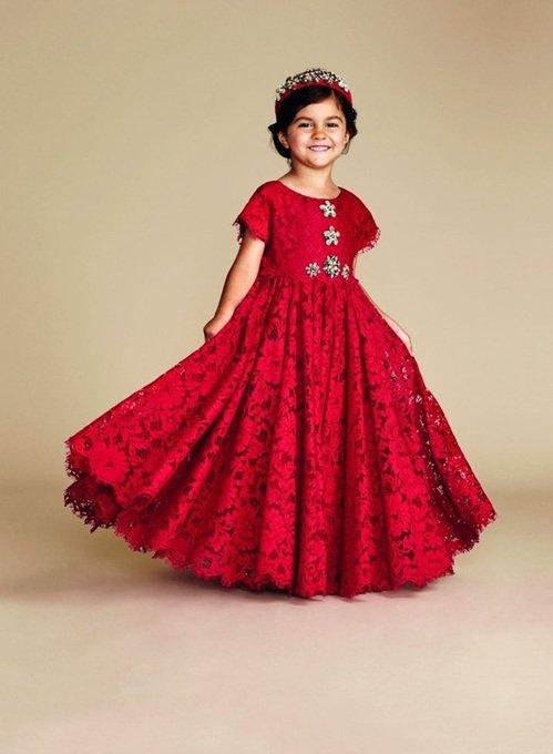 Королевское красное платье.