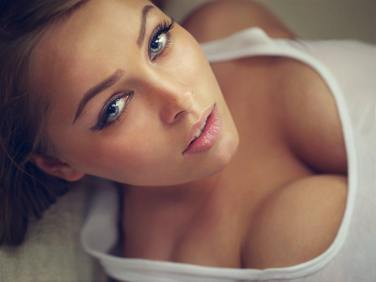 самая красивая грудь девушки фото которые знали