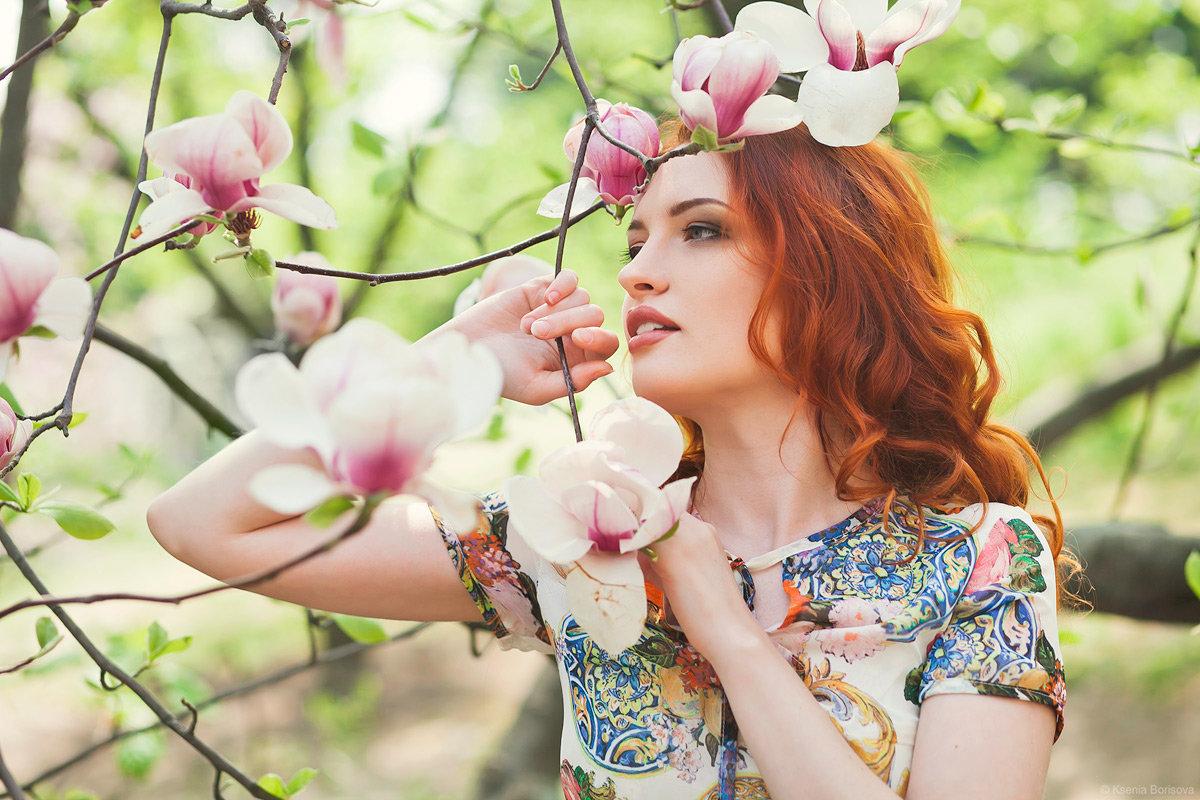 дочь фото позы деревья в цвету облицовке