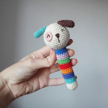 вязаные игрушки погремушки крючком схемы собачка карточка