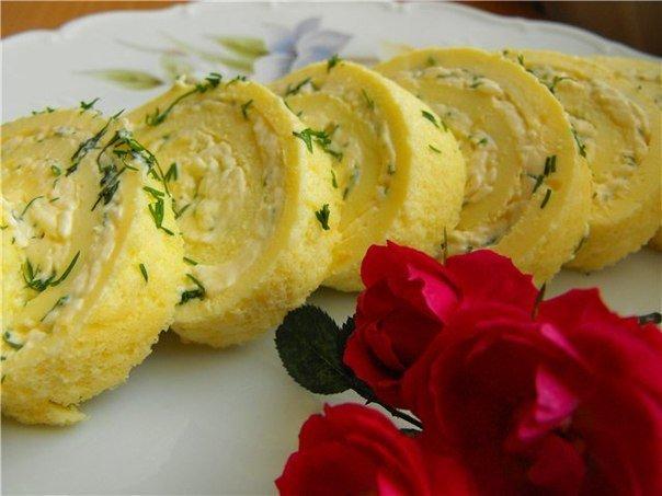 Яичные рулетики с начинкой рецепты на сковороде