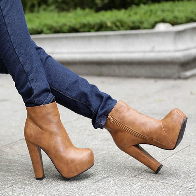 сапоги на толстом каблуке коричневые