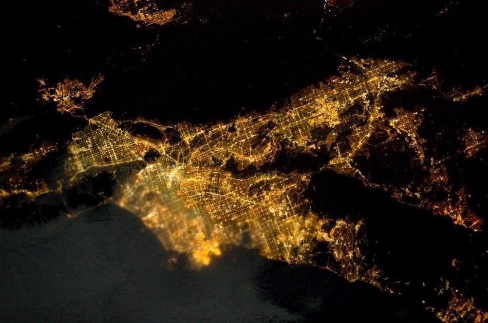 нет возможности ночной крым из космоса фото хорошо охраняется
