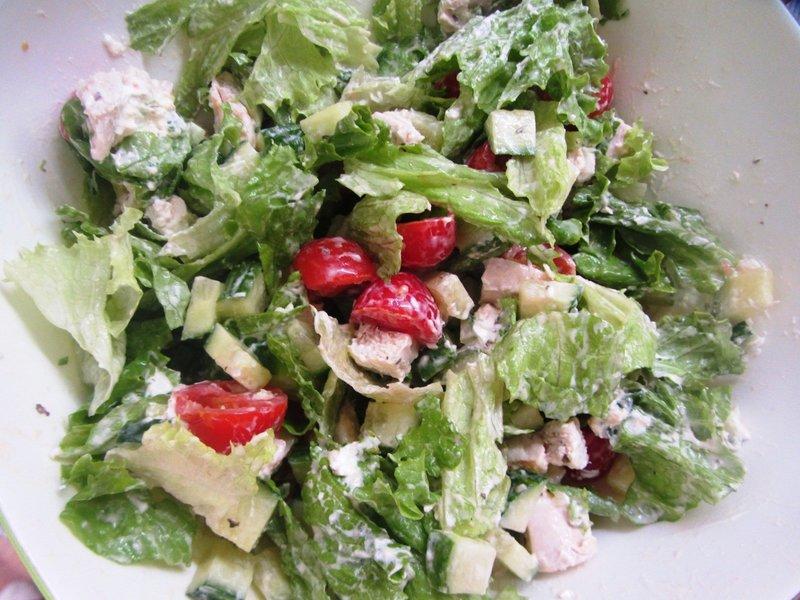 салат с сыром филадельфия