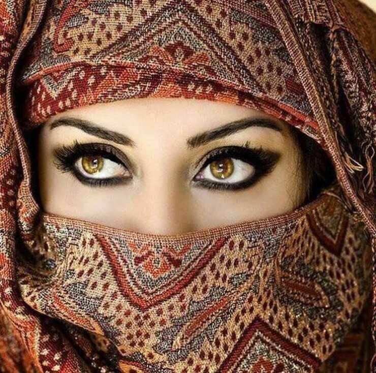 Картинки самых красивых арабок, порно жена изменяет с друзьями мужа