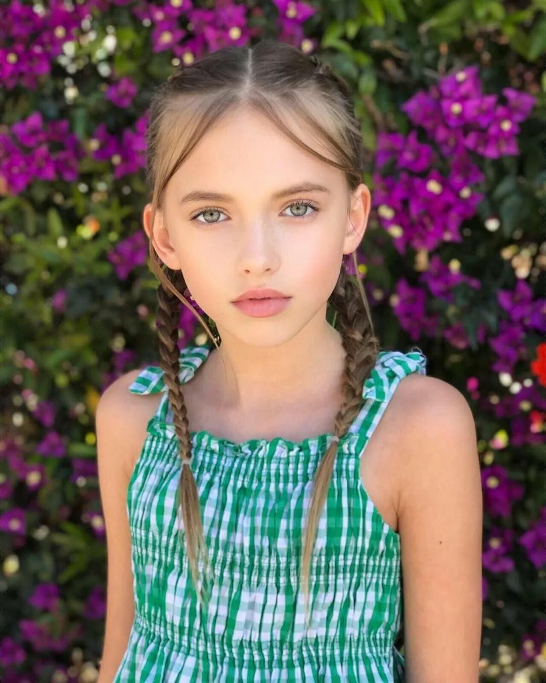 Teenage models young girls