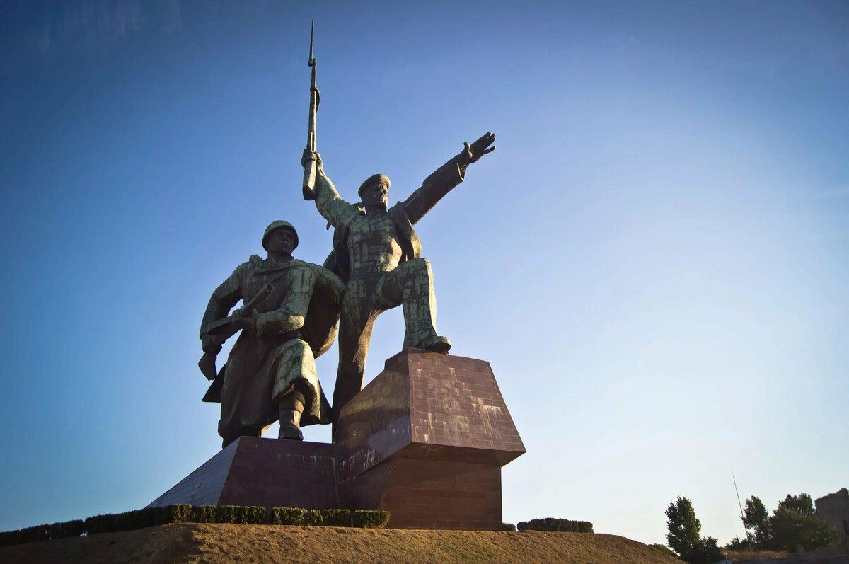 севастополь город герой фото издания подчеркнул