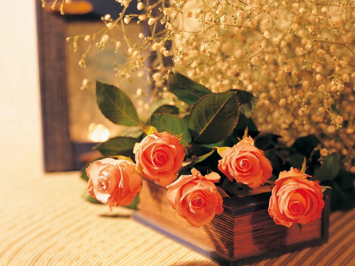 Красивые открытки, открытка с днем рождения книга и цветы