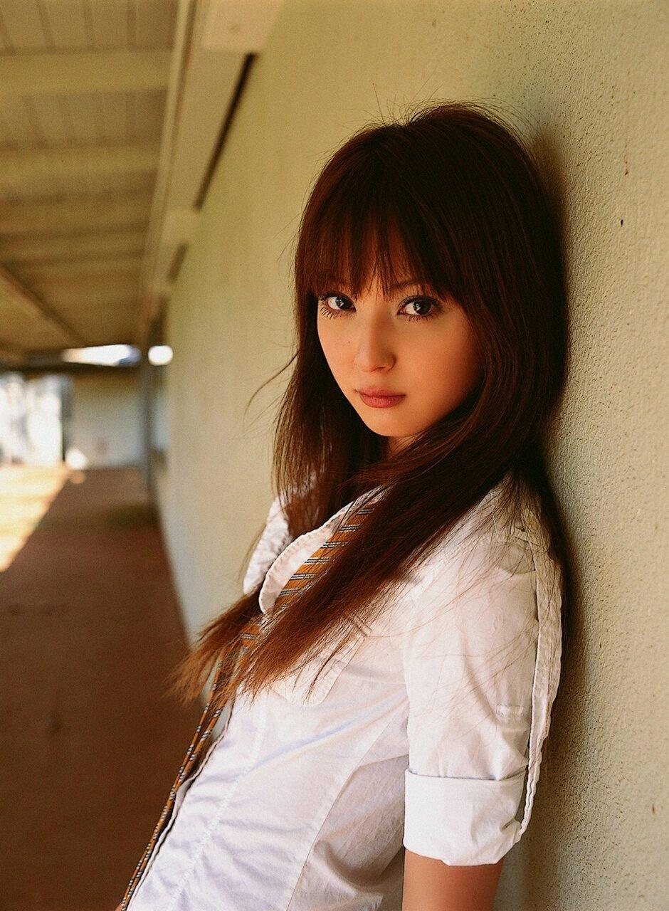 Картинки японских девушек 17 лет, цветами картинка стишки