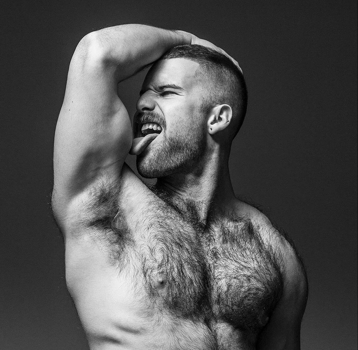 Hairy men thumbnails