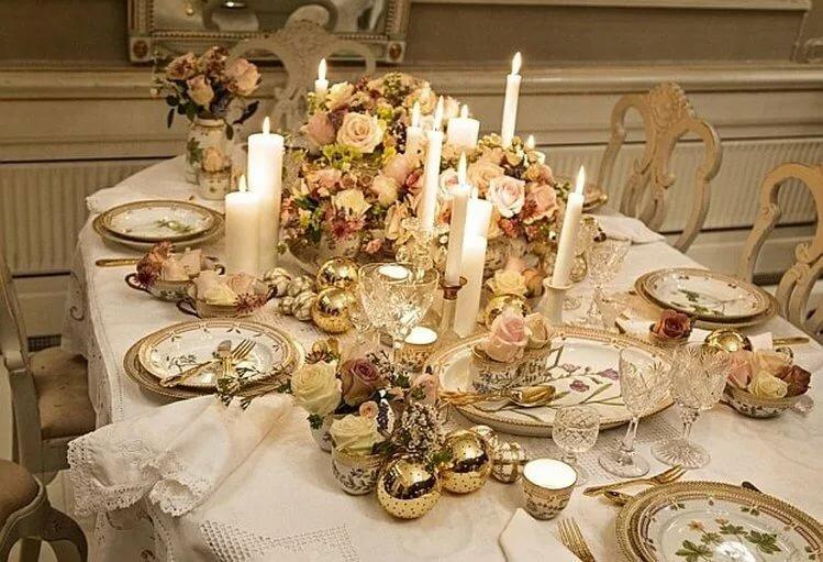 удивительной особенностью фото старинных праздничных столов комбинировать разные материалы