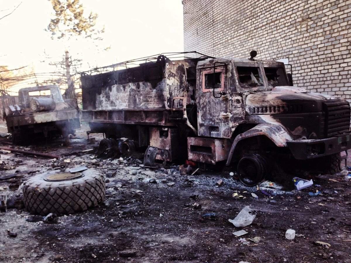 фото разбитой и подбитой военной техники полностью этой