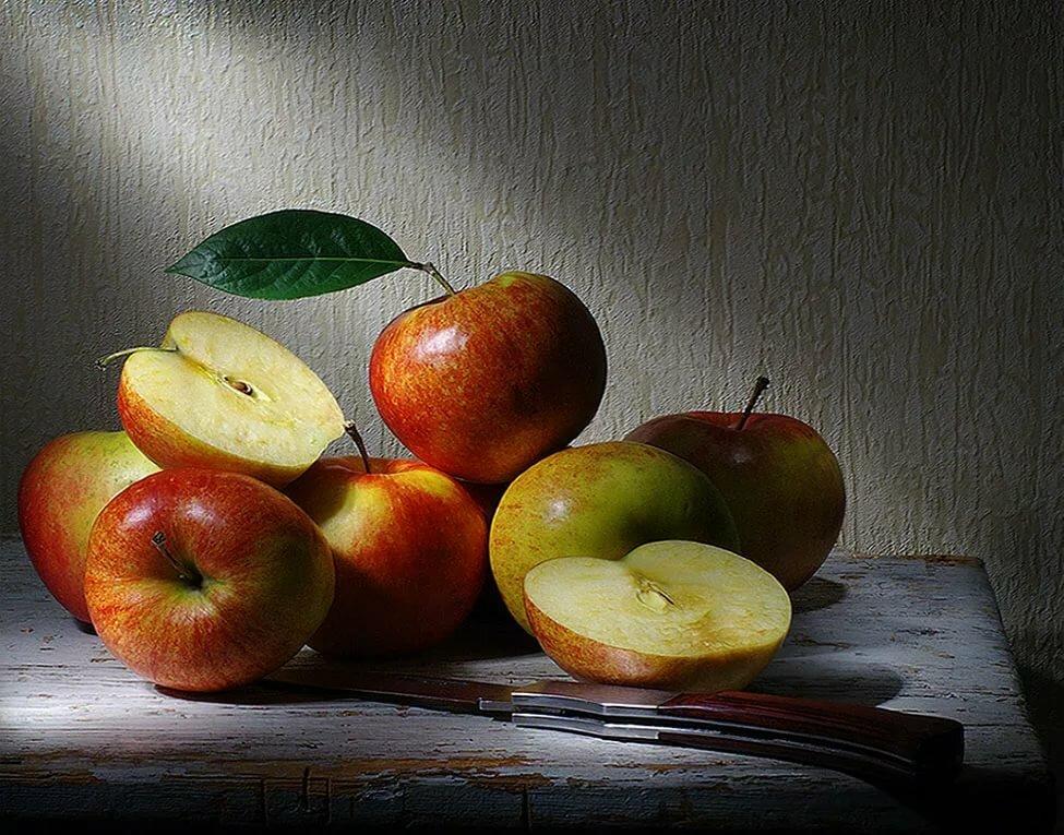 натюрморт с яблоками фото что
