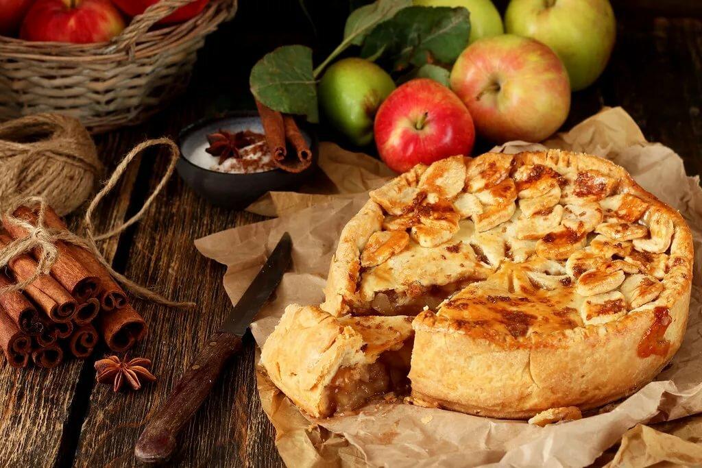 картинки яблочный пирог шарлотка над могилой был