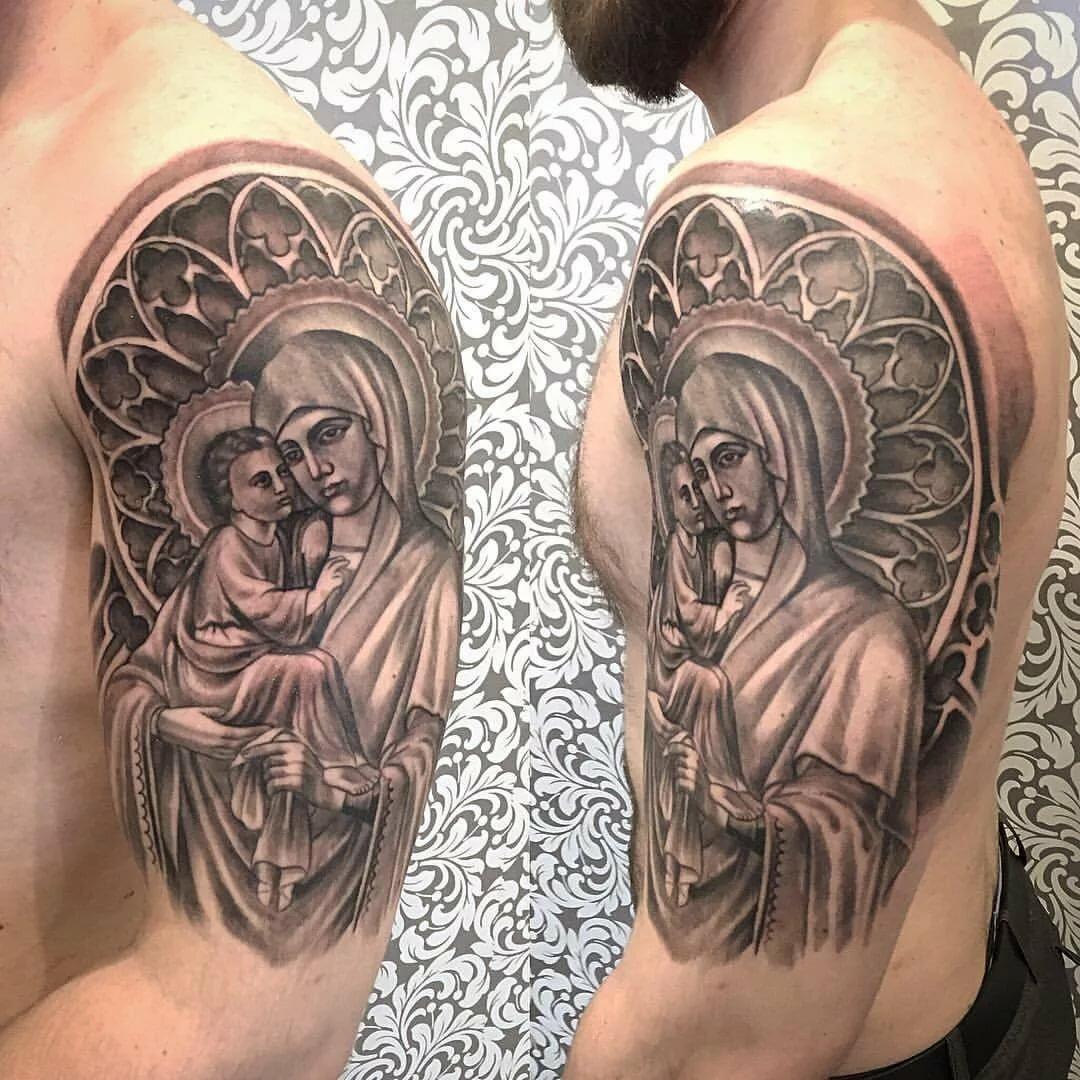 религиозные тату фото на боку художника уже есть