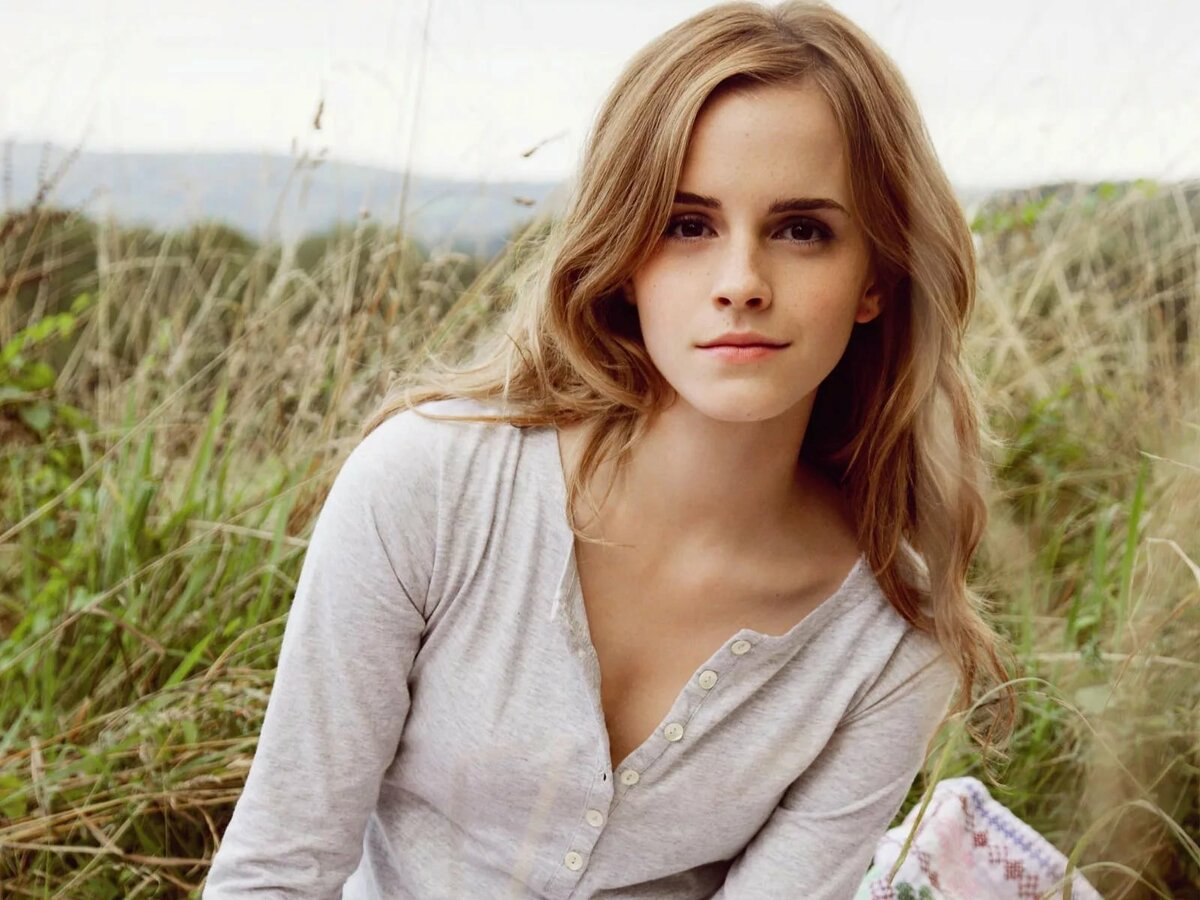 Картинка молодой актрисы