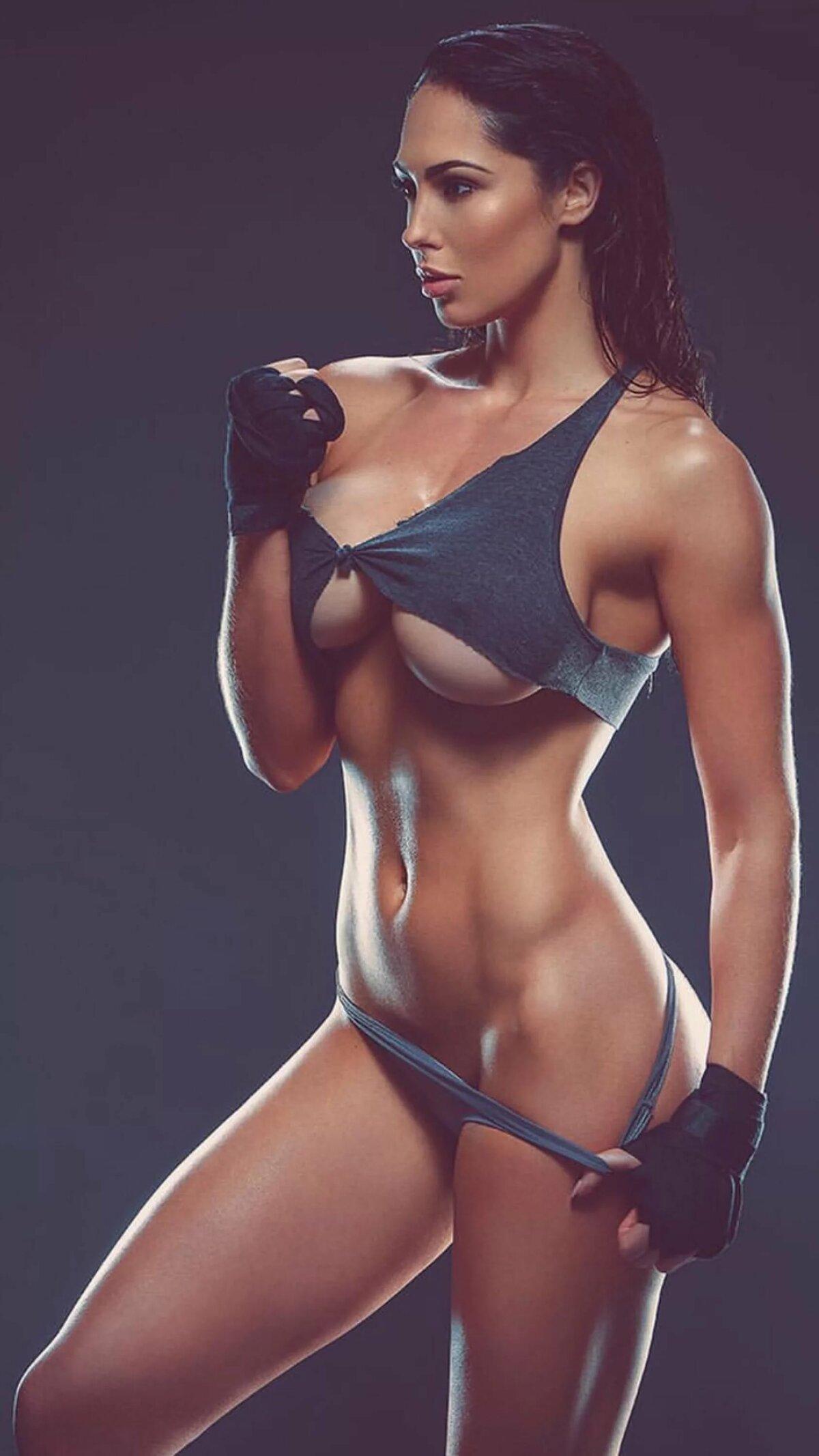 Nude Fit Brunette