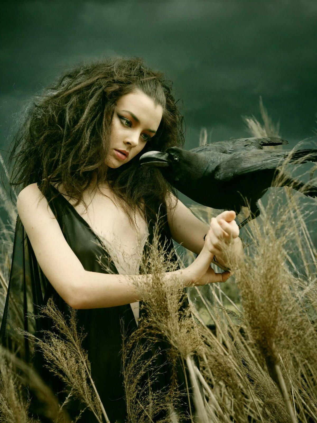 Девушка и ведьма картинки