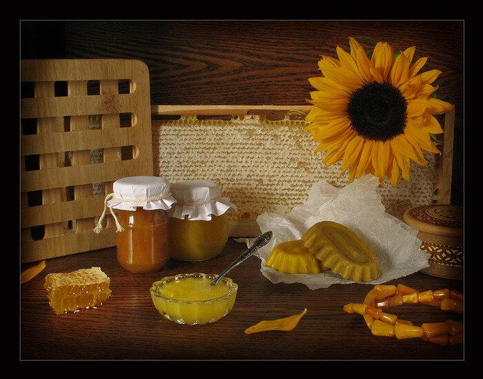 Мед и маковейчик