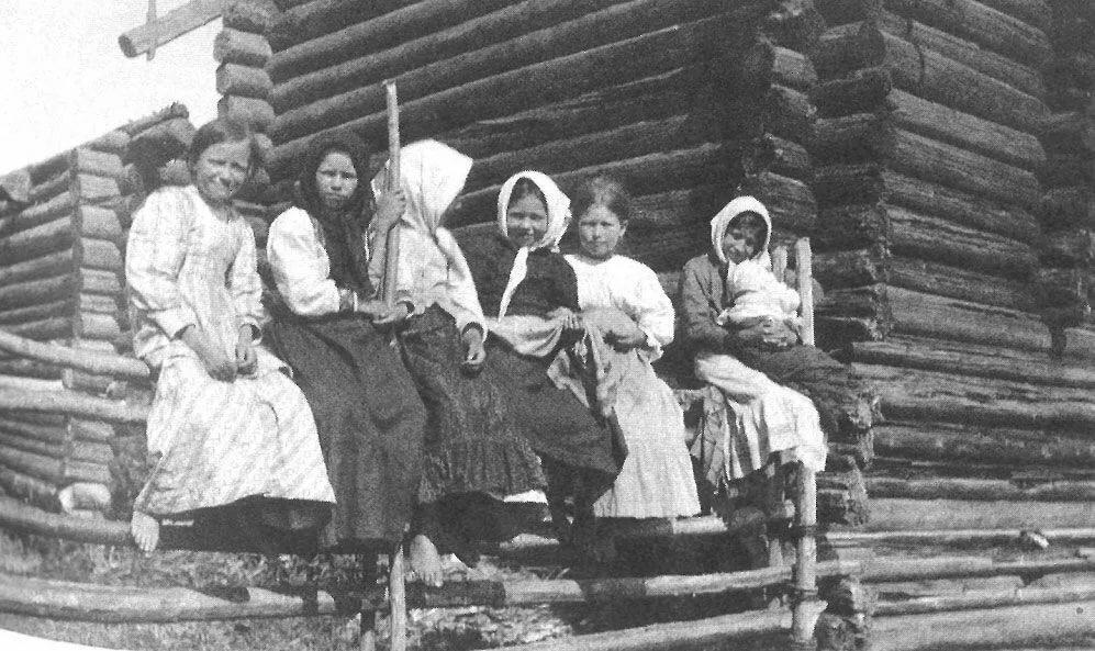пожеланием день смотреть фото крепостных крестьян и их изб халате порно русском
