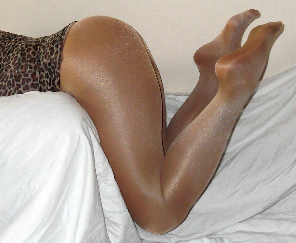 сексуальные ножки в колготках фото крупный план