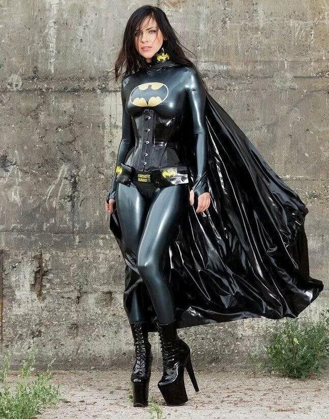 фотосессии в одежде супергероев тех пор