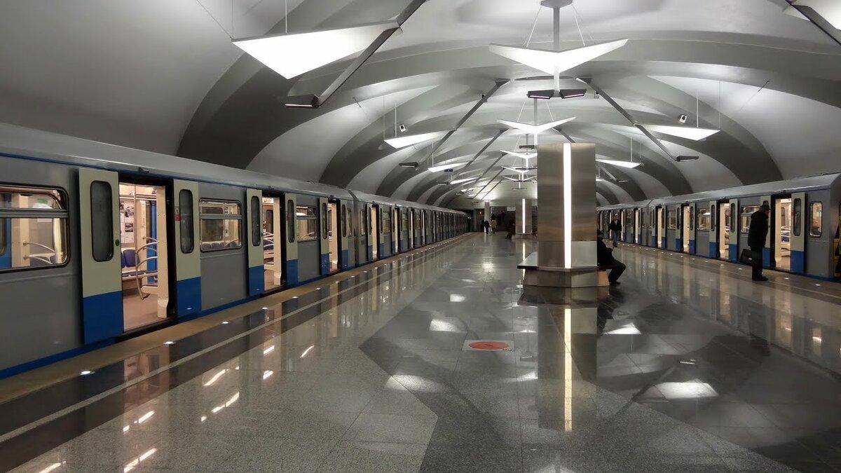 Картинки метро, раскраски поздравлениями