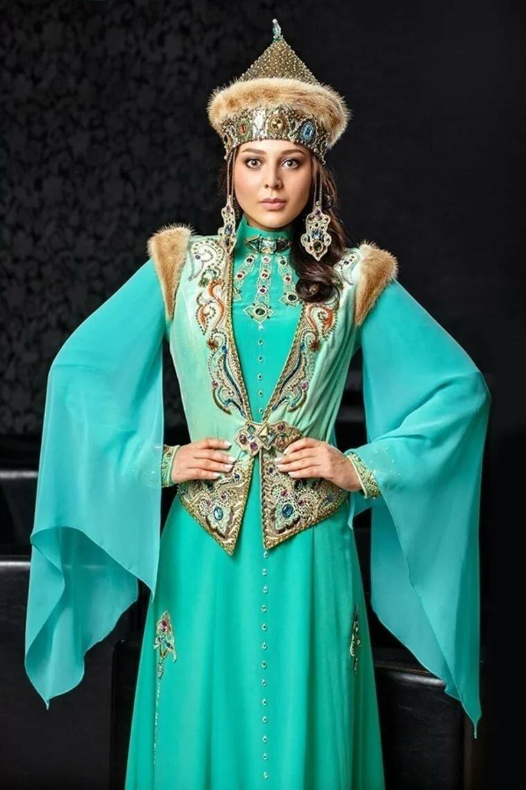 татарские женские картинки дальше она