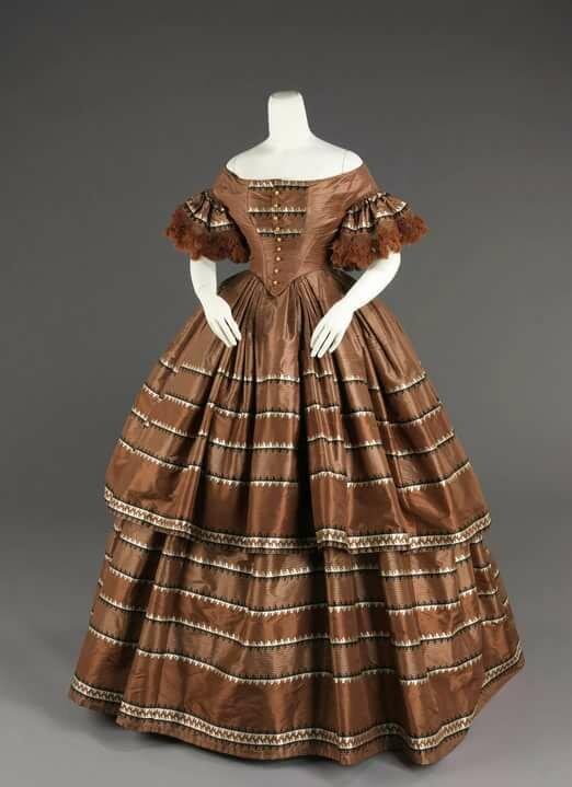 Платье с кринолином картинки