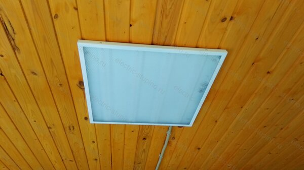 Установка светодиодных светильников на потолок