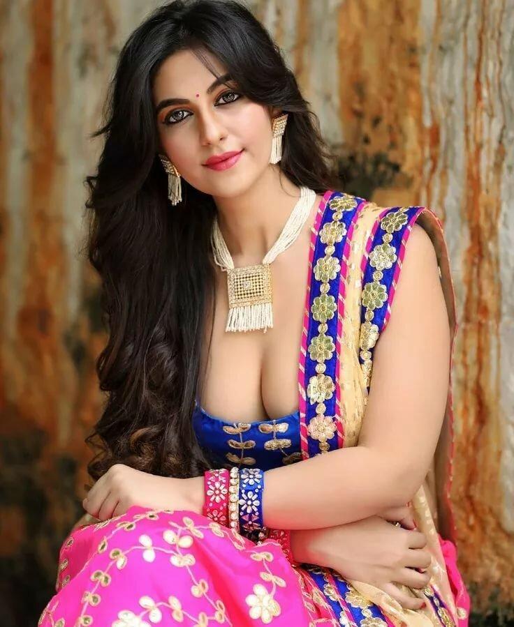 panjabi-sexy-girls-wife-turns-hubby-tgirl