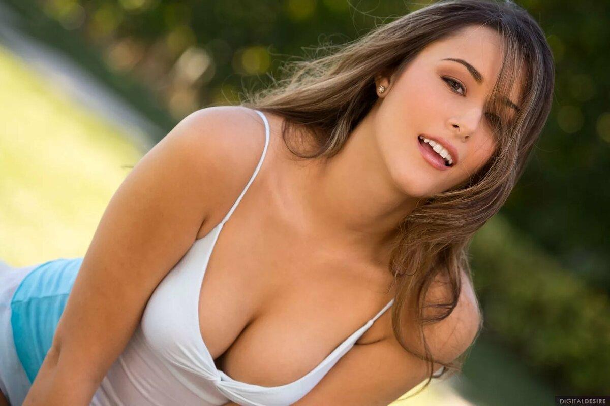 Star babes galleries sexiest women tit