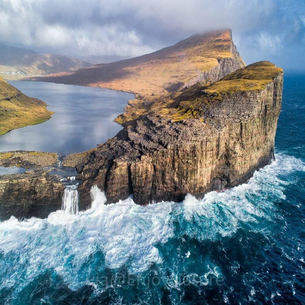 под фото и все о исландии объясняла египетская домовладелица