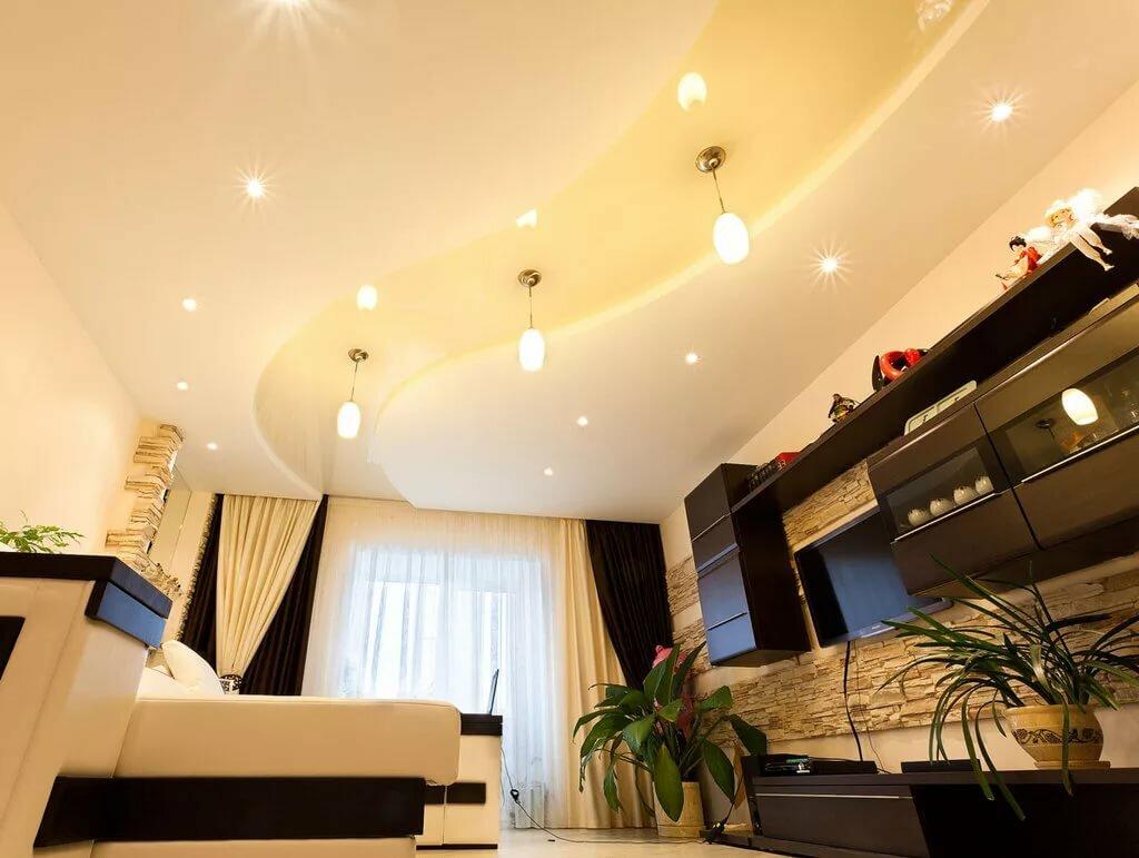 простой натяжной потолок картинки