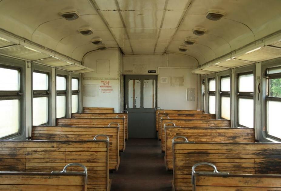 влюблены, электрички картинки внутри вагонов машина