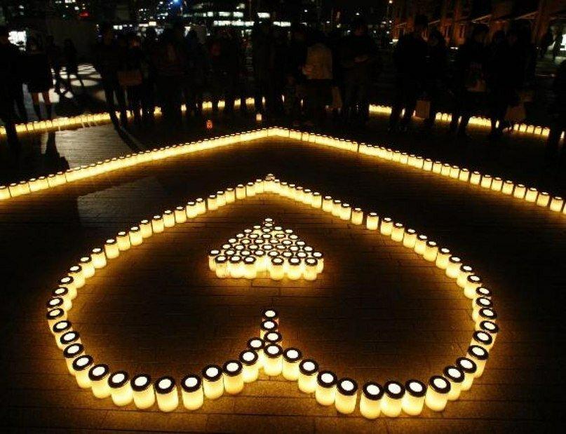 Картинки признания в любви из свечей