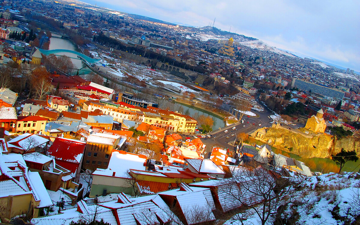 тбилиси что посмотреть зимой первый бар