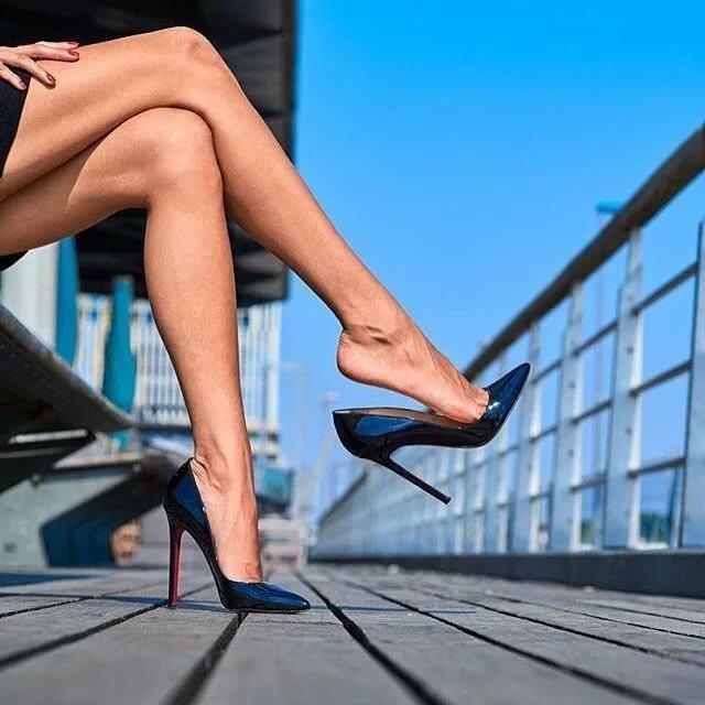 Ноги девушки в картинках