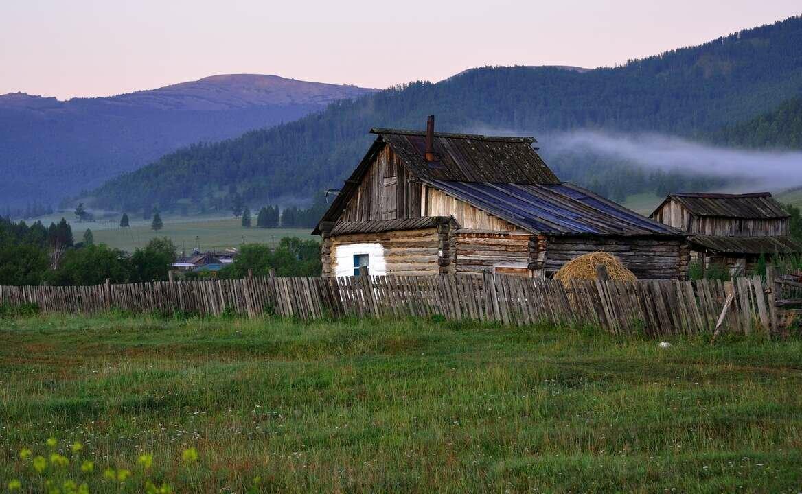 Картинка край села