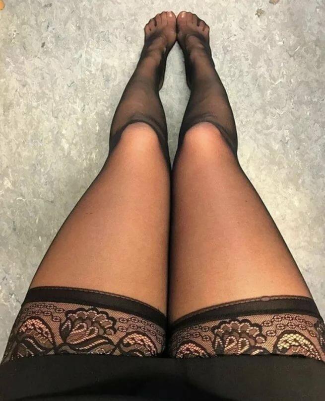 Фото ножки в колготках картинки