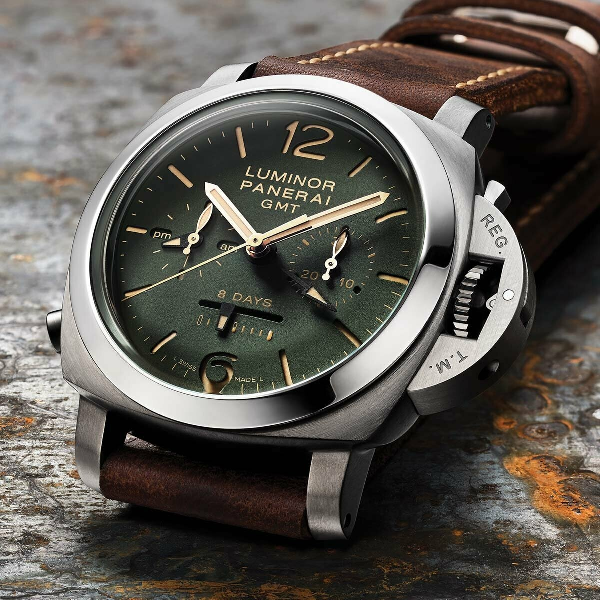 Часы Luminor Panerai в Орске