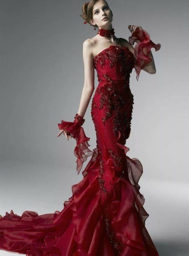 которые вошли фантастические платья фото коллекция внимательных
